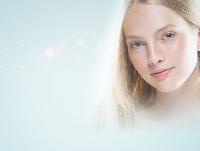 Theory Clinic Anti-Aging Expert Clinic セオリークリニックは若返り(アンチエイジング)を専門とした美容クリニックです 院長 筒井 裕介